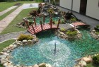 Aqua stil dvorisna fontana sa mosticem