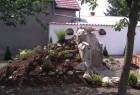 fontanaspoljna39 / klinki pored slike za povratak nazad